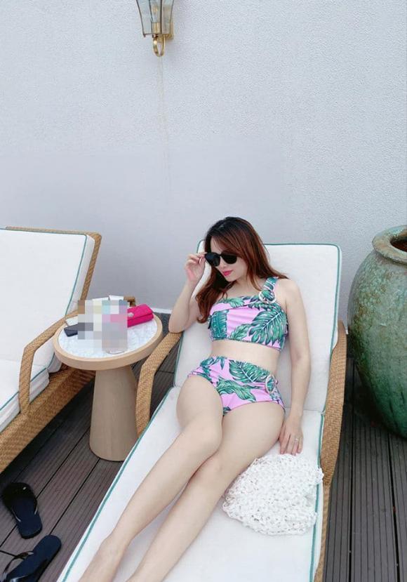 Bầu lần 5, 'hot mom' Hằng Túi vẫn tự tin diện bikini gợi cảm