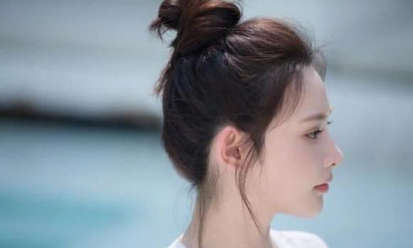 tóc cột, kiểu tóc mát, tóc mùa hè, tóc củ tỏi