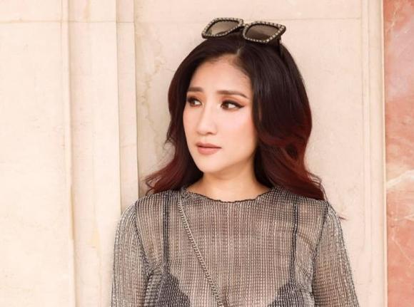 Hoa khôi Nam Em, MC Cát Tường, ca sĩ Ngọc Sơn, ca sĩ Quang Lê, diễn viên Angela Phương Trinh, sao Việt