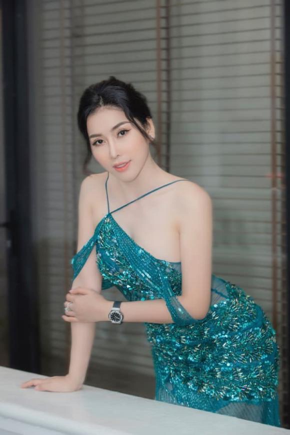 Á khôi Trịnh Thanh Hồng, Á khôi Người đẹp tỏa sáng, sao việt