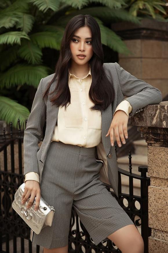 hoa hậu Đỗ Mỹ Linh, hoa hậu Tiểu Vy, sao Việt
