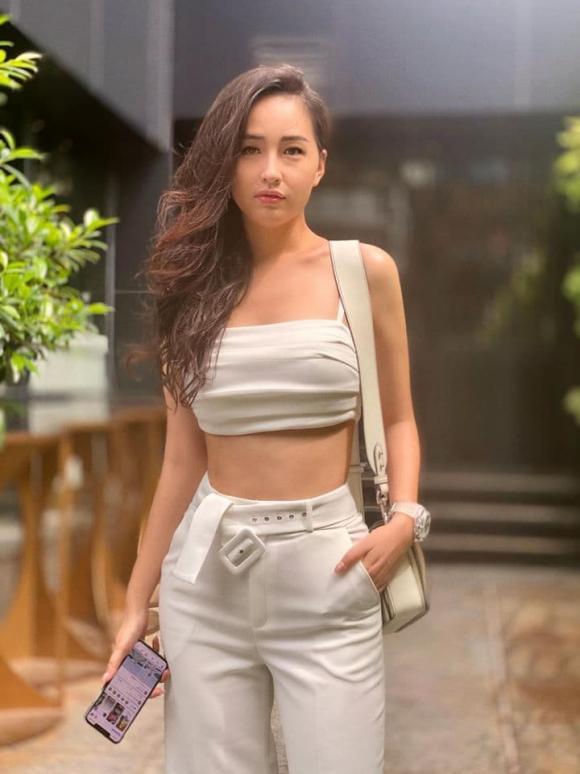 Mai Phương Thúy, Hoa hậu Mai Phương Thúy, sao Việt