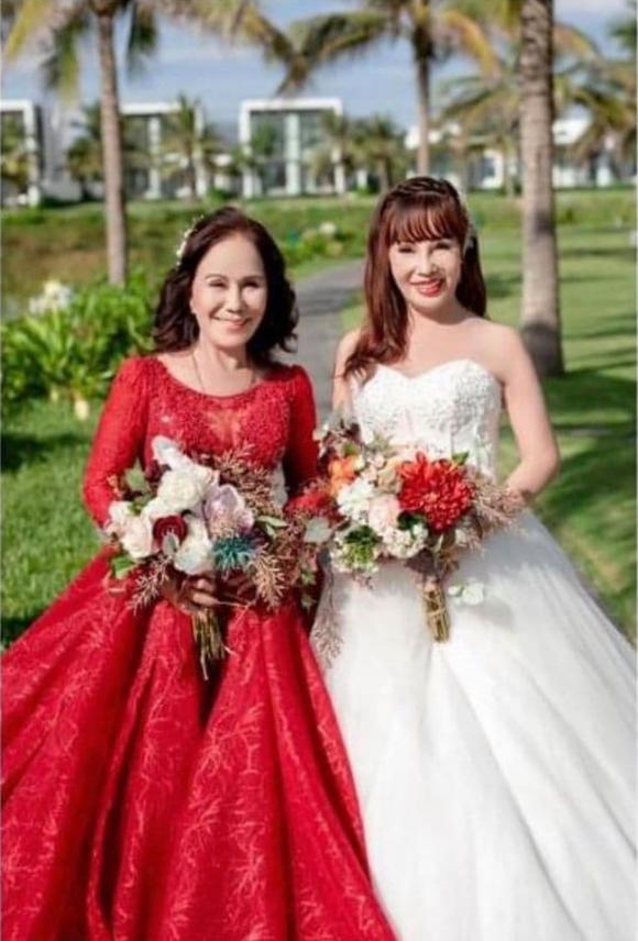 cô dâu 62 tuổi, cô dâu 65 tuổi, ảnh cưới cặp đôi lệch tuổi