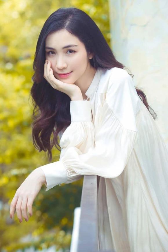 Hòa Minzy tiết lộ cân nặng và chiều cao hiện tại: 6 năm chiều cao giảm đi 2 cm