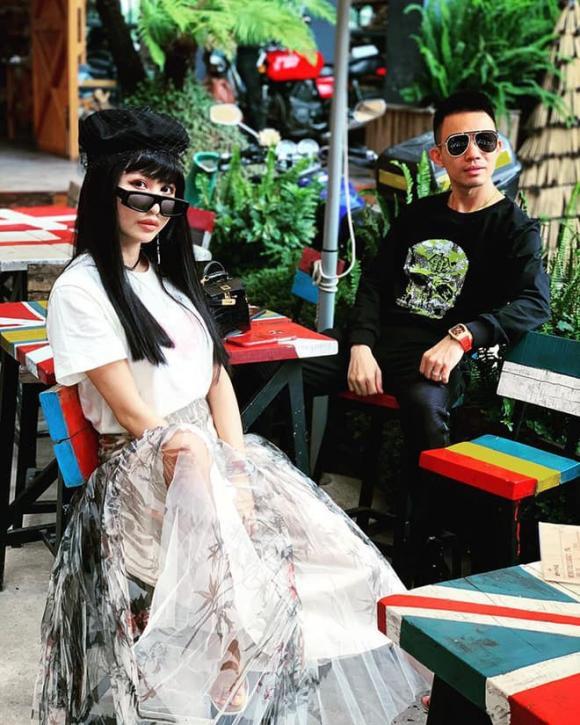 Minh Nhựa, vợ hai Minh Nhựa, Minh Nhựa kỷ niệm ngày cưới
