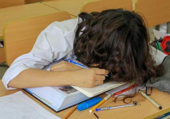 thi đại học, giảm lo lắng cho trẻ trong kỳ thi đại học, chăm sóc sức khỏe trong kỳ thi đại học