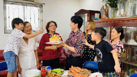 ca sĩ Đan Trường, mẹ Đan Trường, sao Việt