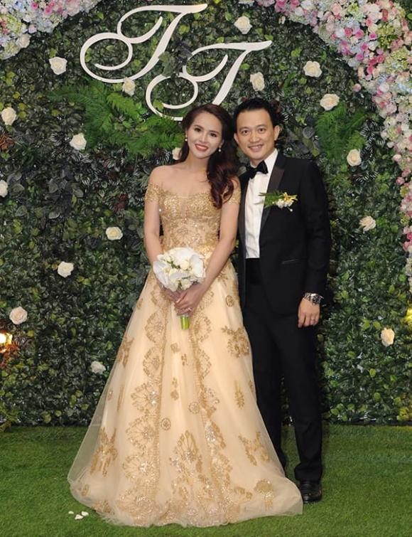 Lại Hương Thảo xác nhận đã ly hôn và 'kiện chồng cũ' doanh nhân hơn 10 tuổi