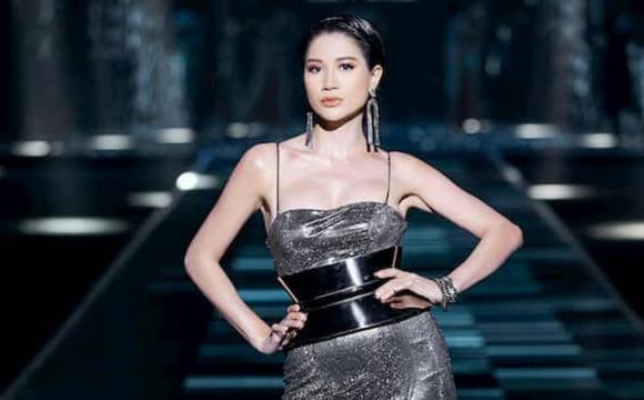 người mẫu Hồng Quế, người mẫu Trang Trần, sao Việt