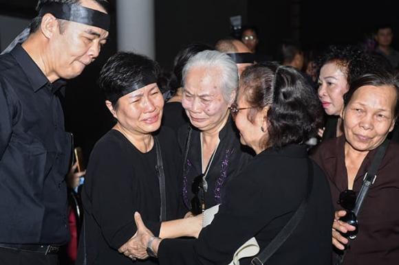 đám tang NSƯT Hoàng Yến, NSƯT Hoàng Yến qua đời, sao Việt, Xuân Bắc, Công Lý, Quốc Khánh