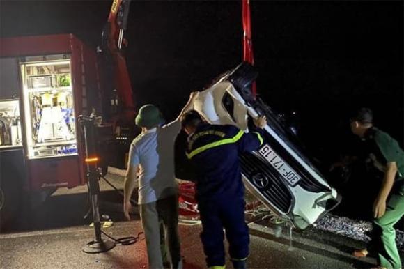 Ô tô lao xuống biển, tai nạn giao thông, tai nạn 4 người chết