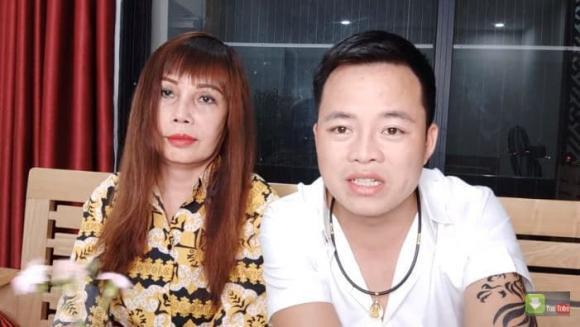 Hoa Cương, Thu Sao, cô dâu 62 tuổi