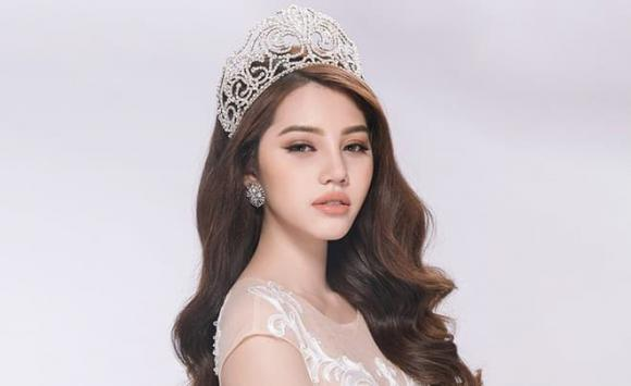 Hoa hậu Jolie Nguyễn, sao Việt, Jolie Nguyễn là ai?