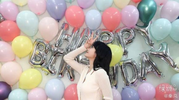 """""""Phú Sát Hoàng hậu"""" Tần Lam trẻ đẹp ngỡ ngàng ở tuổi 42 sau phát ngôn gây sốc về tử cung"""