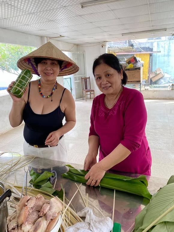 Cuộc sống an yên của NSND Minh Hằng sau gần 4 năm về hưu
