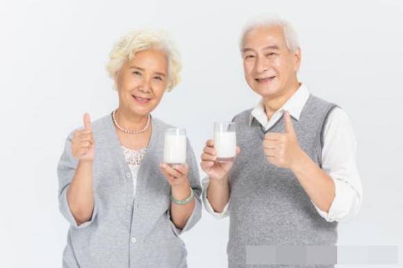 uống sữa, lợi ích của sữa, sự khác biệt khi uống sữa