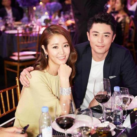 Lâm Tâm Như chi hơn 800 tỷ làm phim mới, netizen lo Hoắc Kiến Hoa bị vợ lấn lướt, suốt ngày chỉ ru rú chăm con