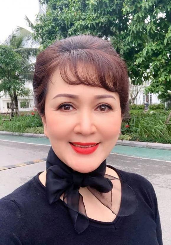 NSND Minh Hòa, Trẻ hóa da, Mega Gangnam
