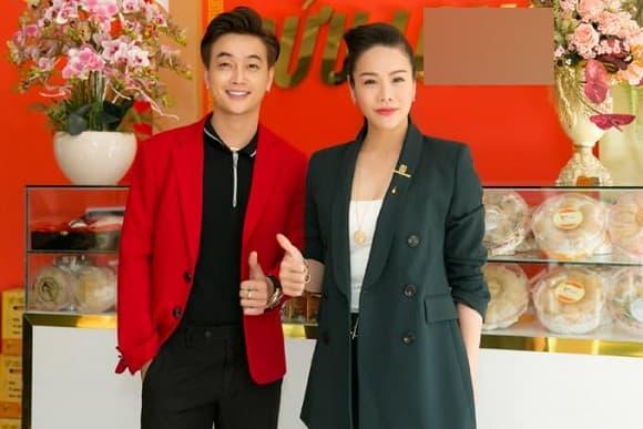Ti Ti, tình cũ của Ti Ti, nhóm nhạc HKT, Nhật Kim Anh