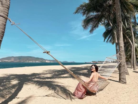 Bảo Thy, Bảo Thy đi du lịch Nha Trang, sao việt
