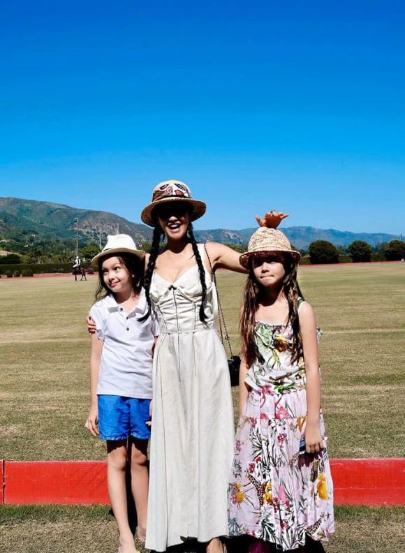 Diva Hồng Nhung, Hồng Nhung về Việt Nam, hai con Hồng Nhung
