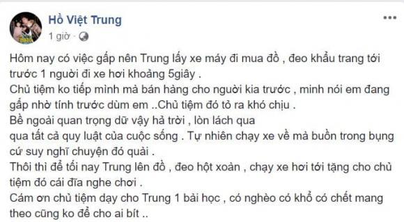 Hồ Việt Trung bị chủ tiệm coi thường khi đi xe máy mua đồ