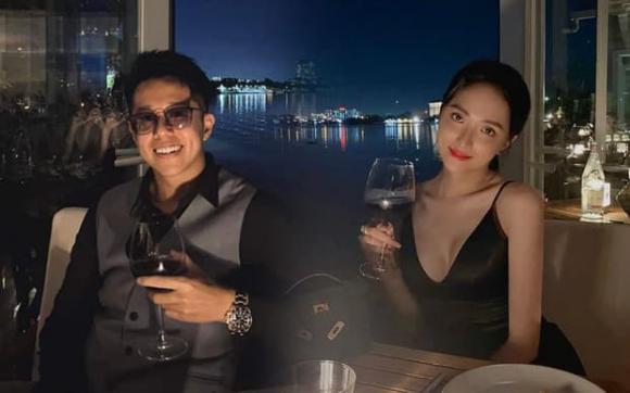 ca sĩ Hương Giang, sao Việt
