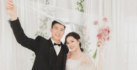 Duy Mạnh, vợ Duy Mạnh, Quỳnh Anh