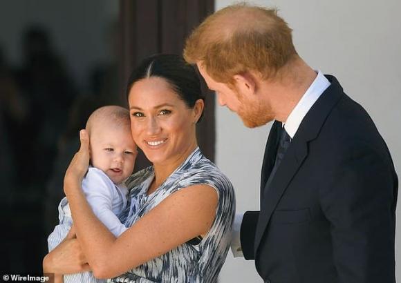 meghan markle, hoàng tử harry, bé archie, hoàng gia anh