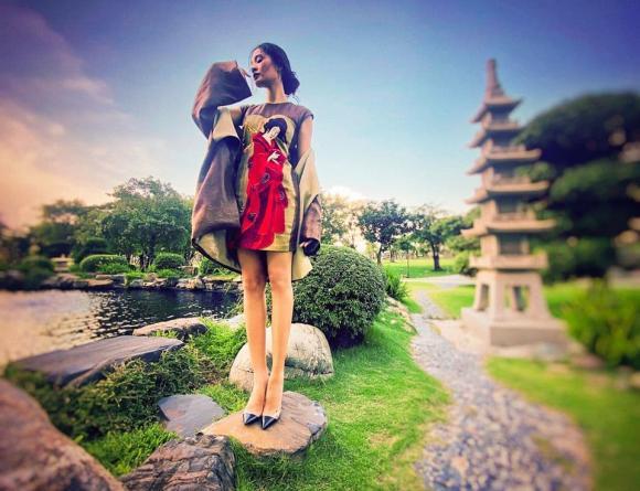 Hoa hậu đẹp nhất châu Á Hương Giang bất ngờ lộ rõ thân hình gầy tong teo, hốc hác