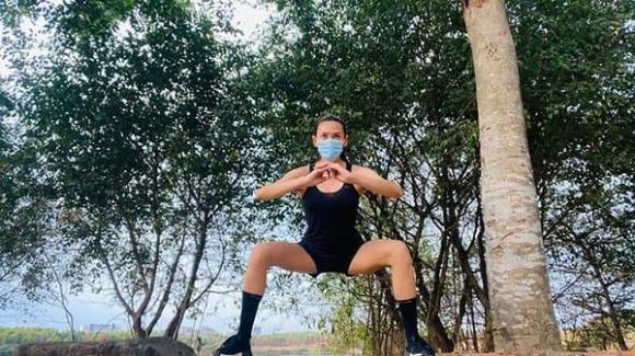 'Học lỏm' bí quyết giảm cân, giữ dáng cực hiệu quả của siêu mẫu Võ Hoàng Yến