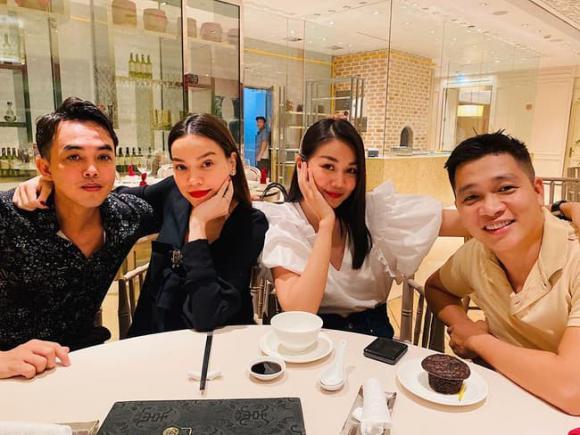 ca sĩ Hồ Ngọc Hà, siêu mẫu Thanh Hằng, sao Việt