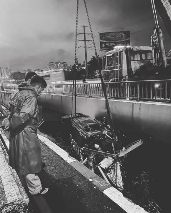 siêu xe, xa lộ Hà Nội, Porsche, tai nạn