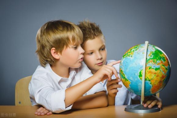 Nữ hiệu trưởng Harvard: Tìm hiểu thế giới là khóa học bắt buộc đối với trẻ, và hình mẫu trẻ sẽ khác thường trong tương lai