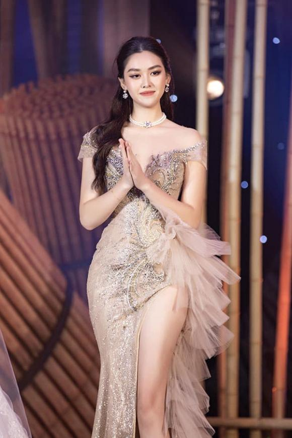 hoa hậu Lương Thuỳ Linh, á hậu Tường San, á hậu Kiều Loan, sao Việt