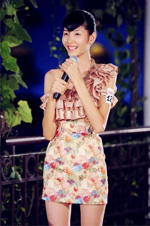 á hậu Hoàng Thuỳ, người mẫu Hoàng thuỳ, sao Việt