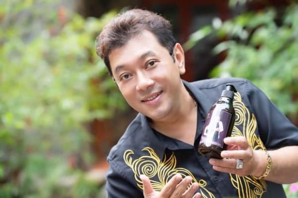 Dầu gội và hấp dầu thảo mộc Tuấn Hà Lan, Phi Nhung