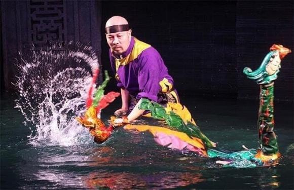 Nhà thiết kế đức hùng, nsut đức hùng, sao việt, Phó Giám đốc Nhà hát Múa rối Thăng Long