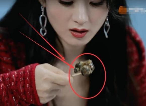 Triệu Lệ Dĩnh, sao hoa ngữ, ăn ốc