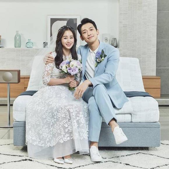 Những chi tiết nhỏ hé lộ cuộc hôn nhân giữa Bi Rain và Kim Tae Hee sau hơn 3 năm về chung nhà