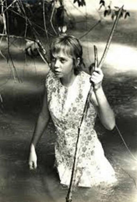 rơi máy bay, Juliane Koepcke, bé gái sống sót sau vụ rơi máy bay