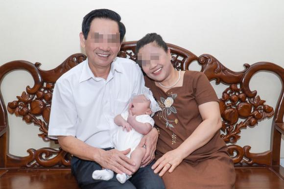 Nhìn mâm cơm bố mẹ chồng làm cho con dâu đang ở cữ khiến chị em nào cũng ao ước