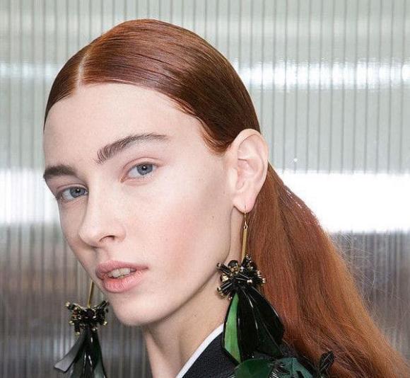 chân tóc cao, trán rộng, chọn kiểu tóc phù hợp, tóc hợp khuôn mặt