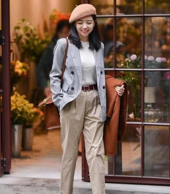 Dù phụ nữ mặc váy hay quần tây, không nên đi giày trắng. Học cách mặc như thế này, thời trang và đẹp