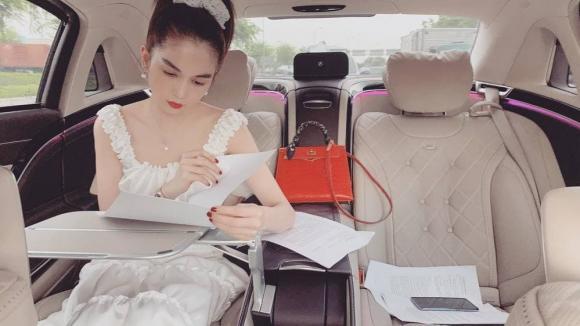 Ngọc Trinh, hotgirl Ngân 98, sao Việt