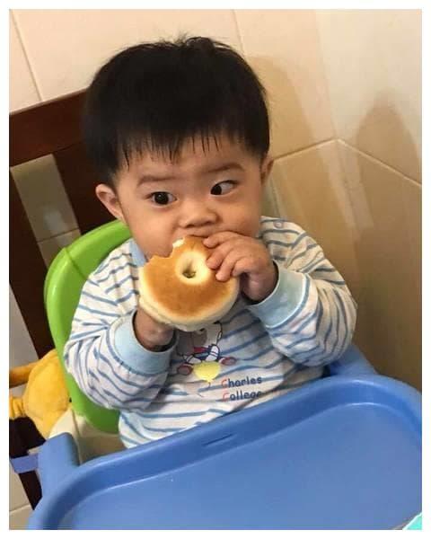 ăn sáng, ăn sáng gây hại, chăm trẻ, bữa sáng