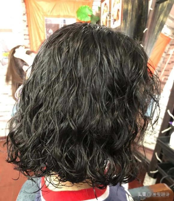 xu hướng tóc thu đông, xoăn xoăn, tóc nào gọn mặt