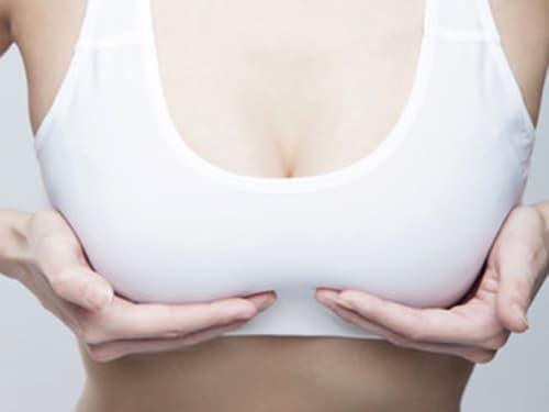 massage ngực, làm đẹp đúng cách, massage giúp ngực to