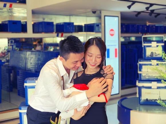 Cùng tuổi 37 nhưng đời tư của hai doanh nhân nổi tiếng Minh Nhựa