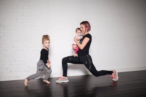 giảm cân sau sinh, bài tập giảm cân sau sinh, tập gym sau sinh